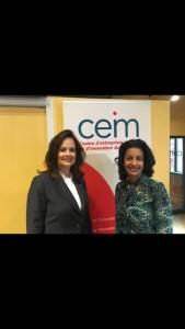 A gauche, madame Hélène Desmarais, présidente du Conseil et chef de la direction, CEIM A droite, madame Dominique Anglade, ministre de l'Économie, de la Science et de l'Innovation